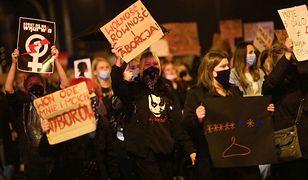 Protesty w Polsce. Strajk kobiet popiera większość Polaków