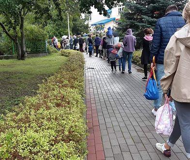 Pierwszy dzień szkoły i przedszkola. Kolejki przed przedszkolami w całej Polsce