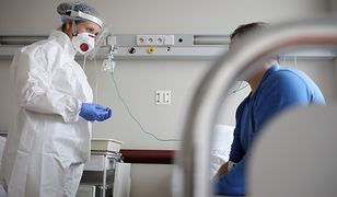 Objawy COVID-19 u niektórych pacjentów utrzymują się bardzo długo