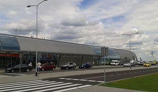 Lotnisko w Modlinie zostało ewakuowane po telefonie Karola J.