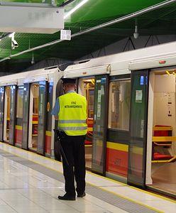 Warszawa. Metro. Uruchomiono czasowy Punkt Informacyjny na Zaciszu
