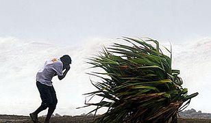 Cyklon uderzył we francuską wyspę Reunion
