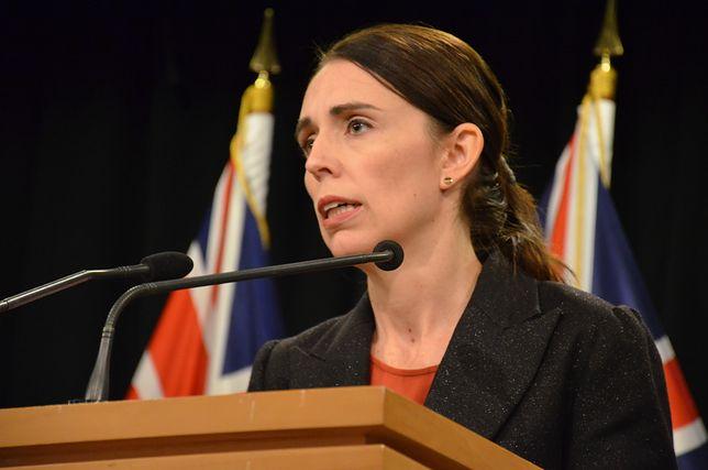 Zamach w Nowej Zelandii. Premier informuje o napastniku: dostęp do broni zostanie ograniczony