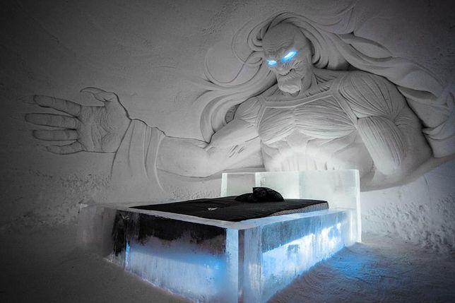 """Lodowy hotel w Laponii. Jest spełnieniem marzeń fanów """"Gry o Tron"""""""