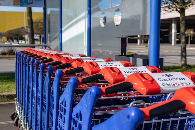 Już niedługo zrobimy zakupy w Carrefourze w niedzielę. Ale na razie w internecie.