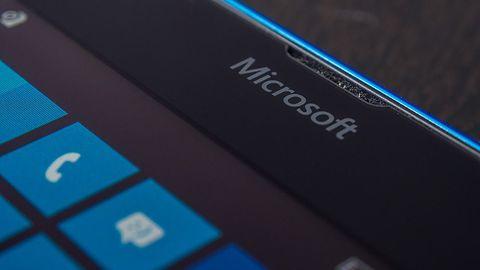 Chmura, Windows i Surface ciągną Microsoft do góry, ale z Lumią jest źle