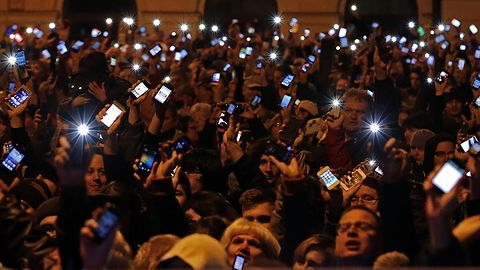 Węgrzy nie chcą podatku od Internetu, wyszli na ulice
