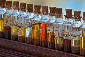 16 rodzajów olejków, które pomogą na twoje dolegliwości