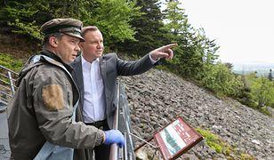 Wybory 2020. Prezydent na szlaku. Andrzej Duda bez maseczki w parku narodowym