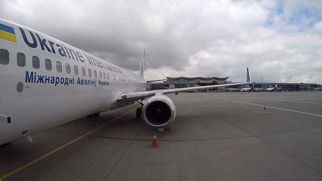 Samolot ukraińskich linii lotniczych Ukrainian International Arlines rozbił się tuż po starcie