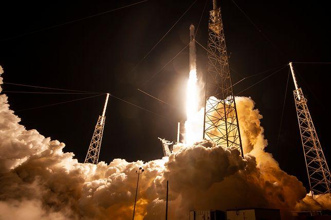 Na grudzień SpaceX planuje 3 starty Falcon 9