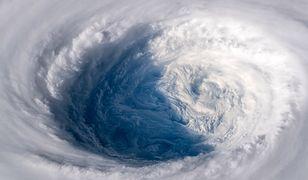 Do Japonii nadchodzi tajfun Trami.