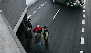 Rapacki: kolejki na granicach zmniejszają się