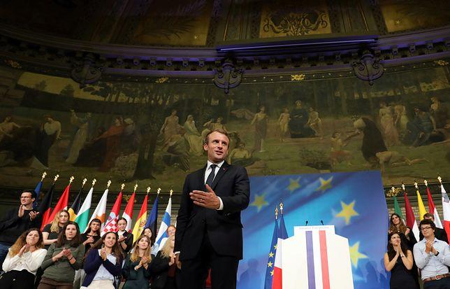 Macron znów atakuje rząd PiS. I apeluje do polskiej młodzieży