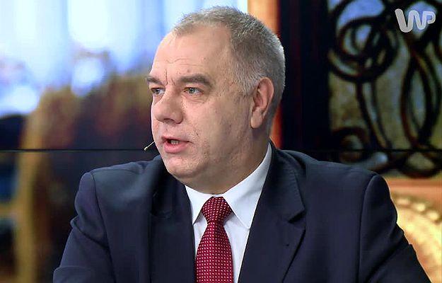 Jacek Sasin: wypadek Antoniego Macierewicza to normalny incydent