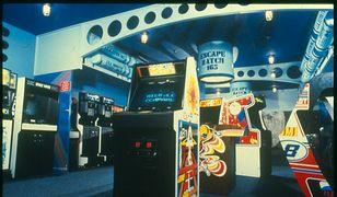 Automaty w naszym baraku - historia salonów gier