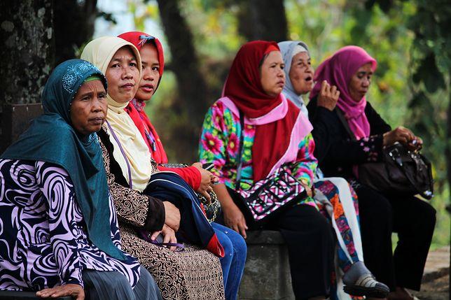 Zakaz noszenia hidżabu - Tadżykistan