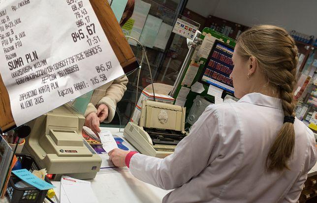 72-latka wydała 845 zł na lekarstwa. Burza w sieci, ale farmaceuci mówią o manipulacji