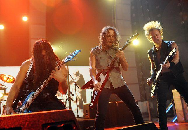 Robert Trujillo, Kirk Hammett i James Hatfield z zespołu Metallica w 2008 roku