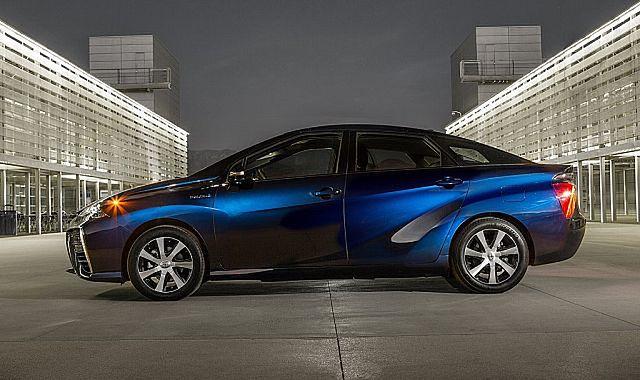 Toyota Mirai doczeka się mniejszej wersji?