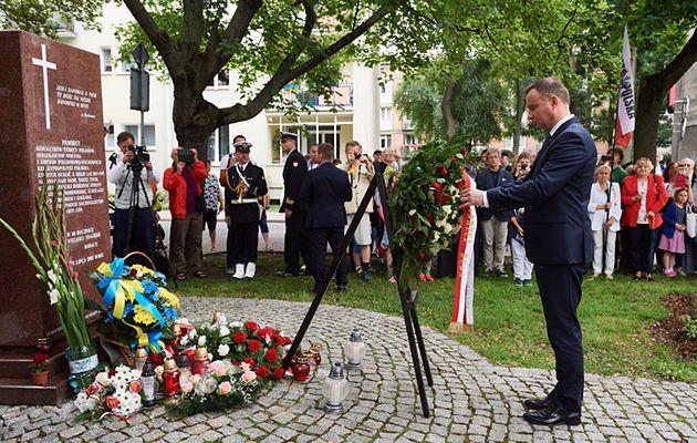 Nieznani sprawcy zniszczyli pomnik wołyński w Gdańsku