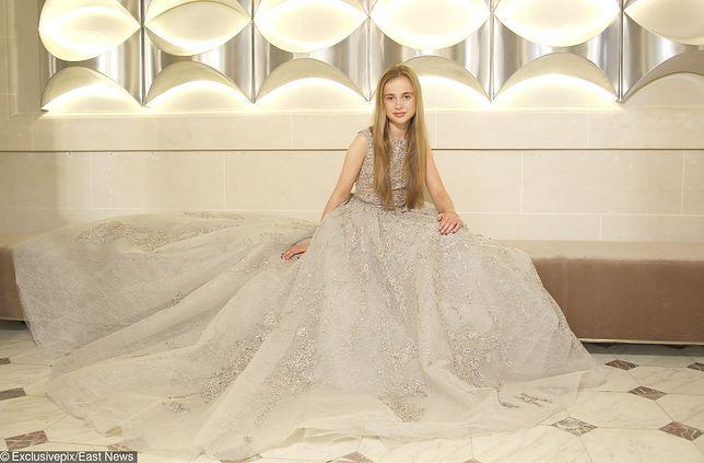 Amelia Windsor podbija świat mody