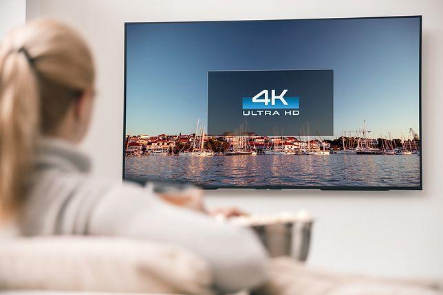 Telewizory do 1 tys. zł. Niedrogie modele oferują coraz więcej