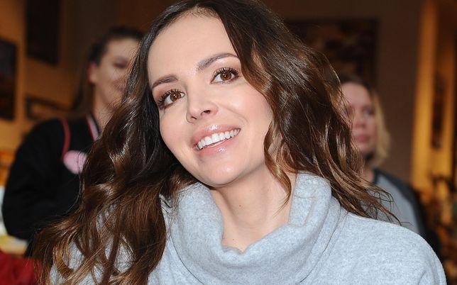 Anna Wendzikowska włożyła szare botki na jesień
