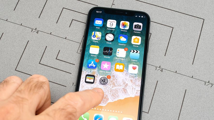 Tani iPhone będzie jeszcze bardziej odstawał od topowych modeli? depositphotos