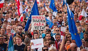 Przeciwko zmianom w wymiarze sądownictwa protestowano na ulicach wielu polskich miast