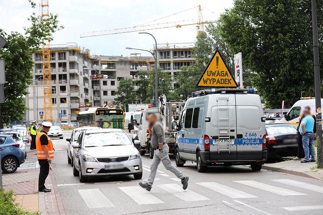 Warszawa. Wypadek autobusu na Bielanach. GITD wszczyna kontrolę (zdjęcie ilustracyjne)