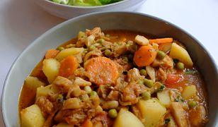 Toskański gulasz z ziemniaków i jackfruita