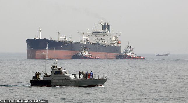 Eksplozje w dwóch zbiornikowcach. Incydent w Zatoce Omańskiej