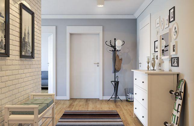 Neutralne drzwi, listwy przypodłogowe i meble mogą stworzyć spójną całość