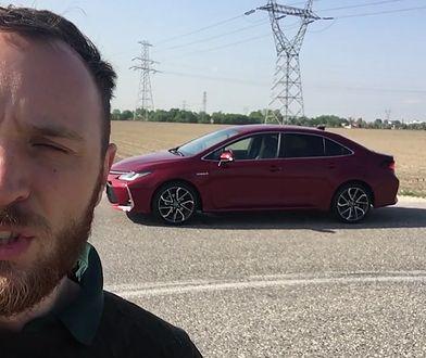 Toyota Corolla sedan z napędem hybrydowym - ile pali naprawdę?