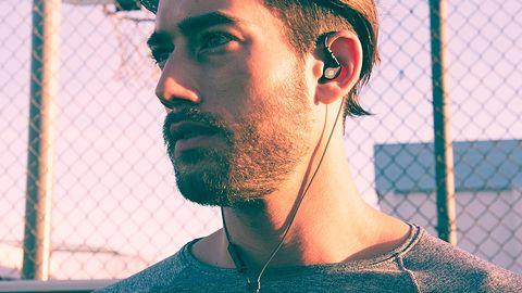 Nowe słuchawki MEE Audio X1: sprawdzą się podczas biegania i kosztują niewiele
