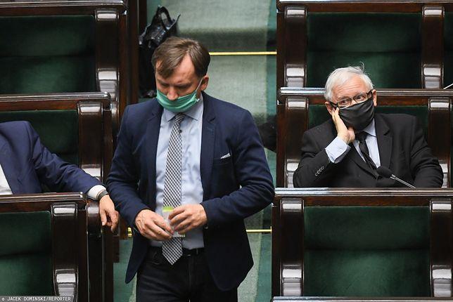 Zbigniew Ziobro nie chciał się zgodzić na ustawę o bezkarności urzędników. Jarosław Kaczyński postawił mu ultimatum