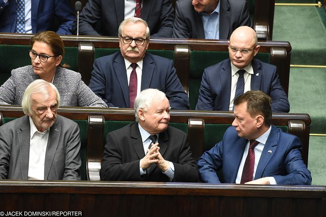 Kolejny projekt PiS przyjęty w nocy przez Sejm. Będą zmiany w kodeksie wyborczym
