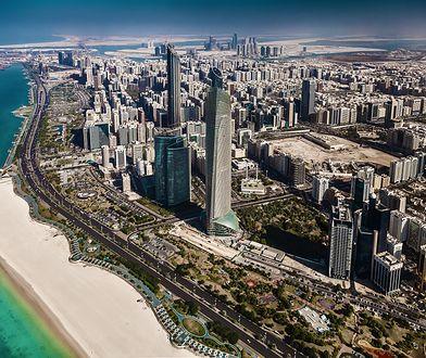 Abu Dhabi jeszcze pół wieku temu było niewielką wioską, a dziś to jedno z najbogatszych miast na świecie