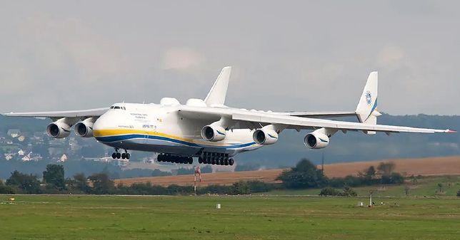 Maseczki z Chin, które przywiózł An-225 nie spełniają norm bezpieczeństwa