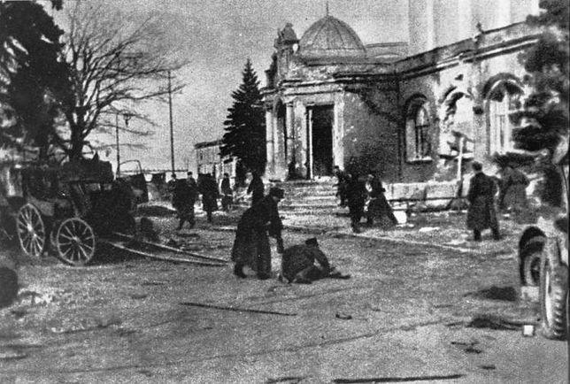 Jak Niemcy bronili Kołobrzegu 8-18 marca 1945 r. i jak pułkownik Fullriede ocalił 70 tys. ludzi?