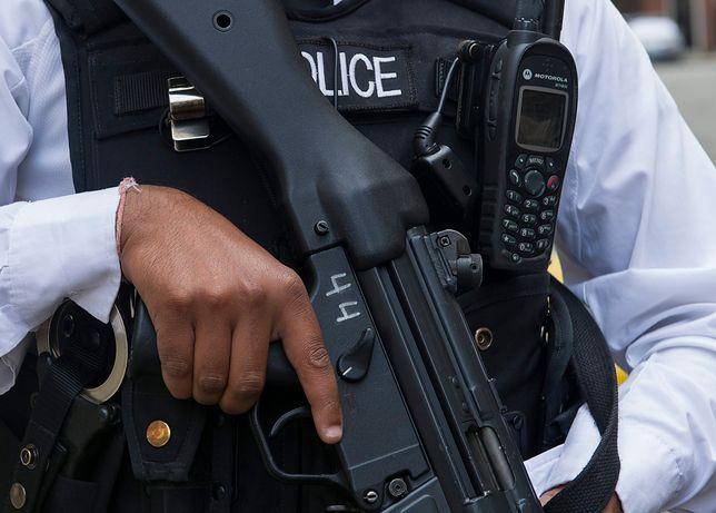 Policja bada, kto stworzył ładunki wybuchowe.