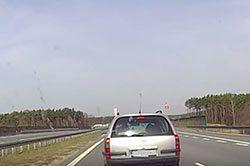 #dziejesiewmoto: walka na autostradzie A2 i wątpliwa pomoc i ekstremalna agresja