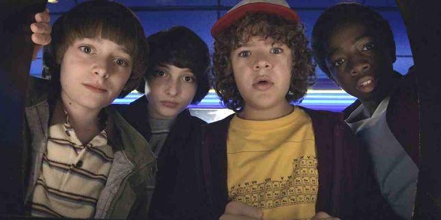 """Przyjaźń silniejsza niż strach. Zobacz finałowy zwiastun trzeciego sezonu """"Stranger Things"""""""