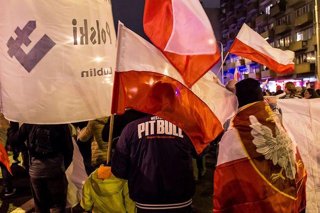 Ostry wpis dziennikarza nt. uczestników Marszu Niepodległości