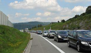 Wypadek na Zakopiance. Tworzy się korek na trasie w stronę Krakowa (zdj. ilustr.)