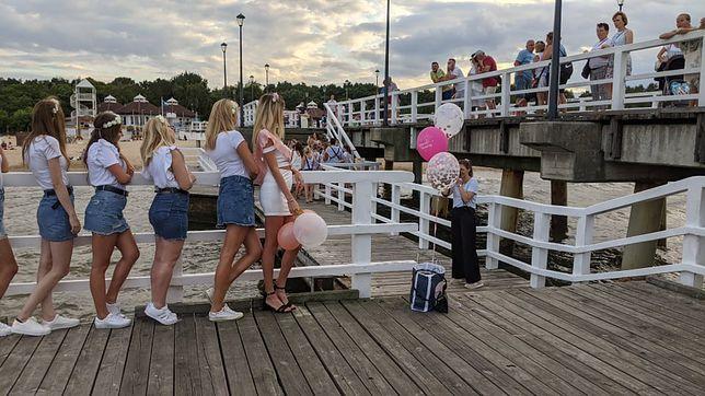 Sesja na gdańskim molo to hit tegorocznych wieczorów panieńskich