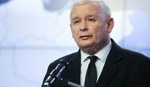 Partia Jarosław Kaczyńskiego niezmiennie jest liderem badań poparcia