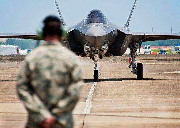 F-35 - najdroższy program zbrojeniowy w historii będzie jeszcze droższy. Producenci potrzebują dodatkowych pieniędzy