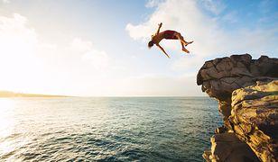 Sporty ekstremalne mogą przyczynić się do zwiększenia odporności na codzienny stres.